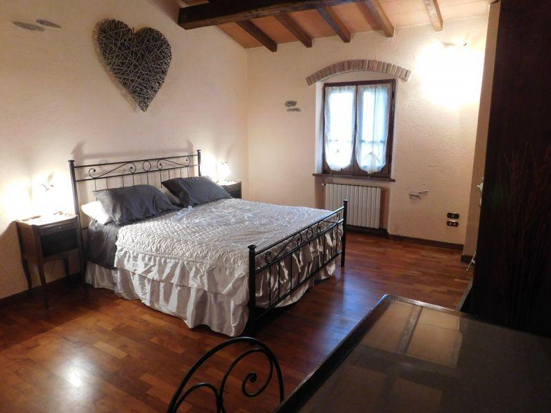 Camera 2 Affitto Casa 88858 Pietrasanta