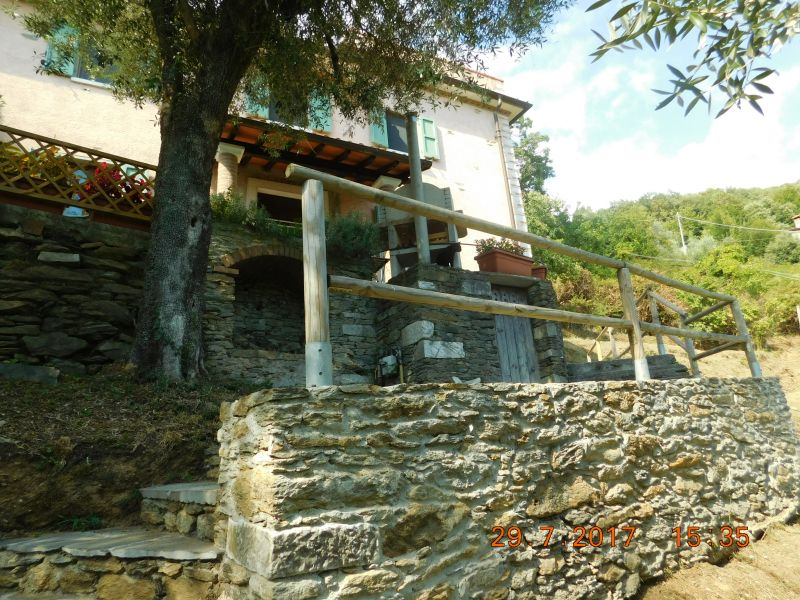 Vista esterna della casa vacanze Affitto Casa 88858 Pietrasanta