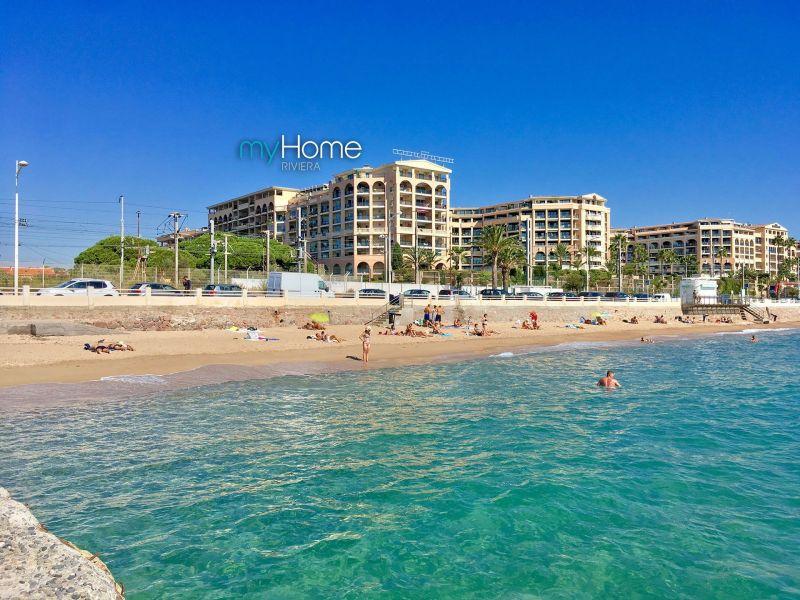 Vista esterna della casa vacanze Affitto Appartamento 107299 Cannes