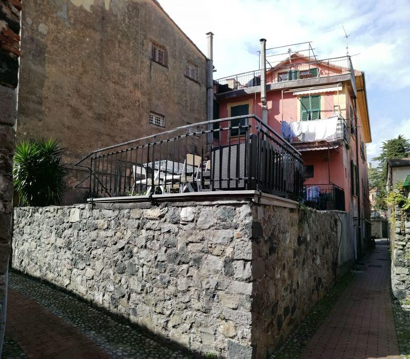 Vista esterna della casa vacanze Affitto Appartamento 108814 Levanto