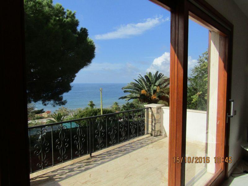 Vista dal terrazzo Affitto Appartamento 109165 Capoliveri