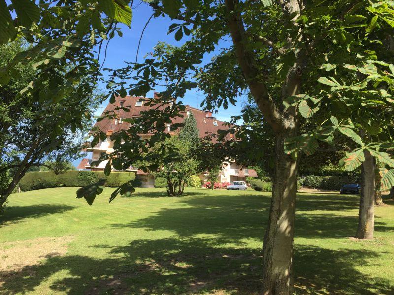 Vista dalla casa vacanze Affitto Appartamento 112240 Trouville sur Mer