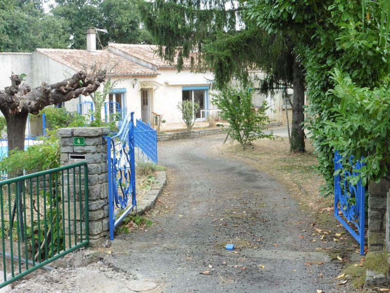 Entrata Affitto Villa  112619 Alès