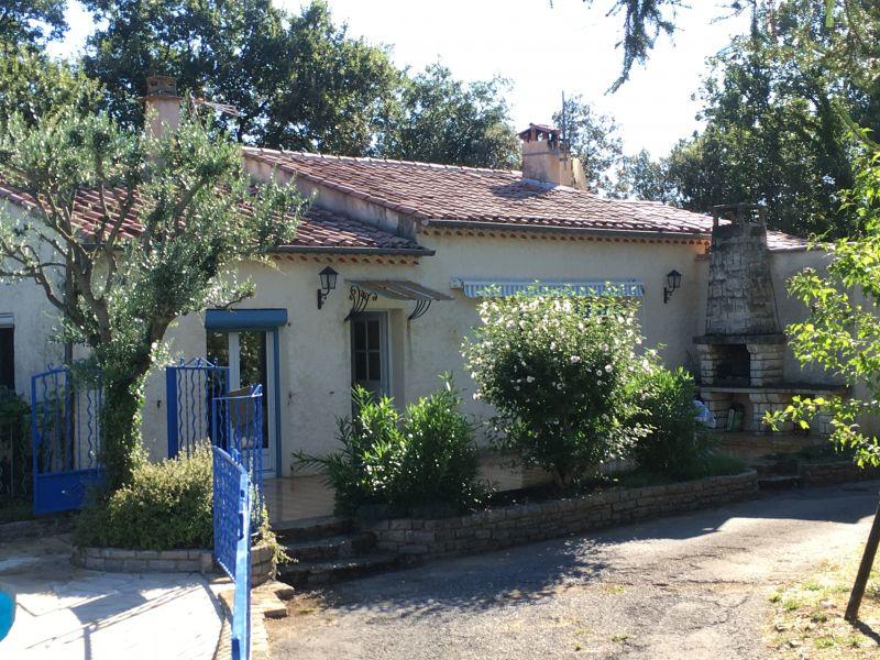 Vista nelle vicinanze Affitto Villa  112619 Alès