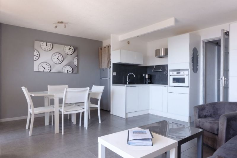 Cucina all'americana Affitto Appartamento 79595 Sanary