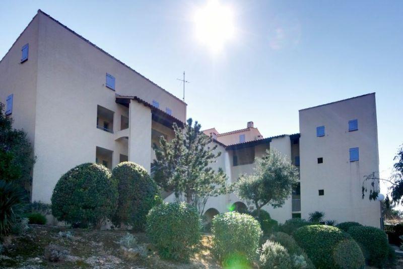 Vista esterna della casa vacanze Affitto Appartamento 79595 Sanary