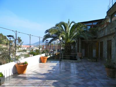 Vista dal terrazzo Affitto Appartamento 97075 Lacco Ameno