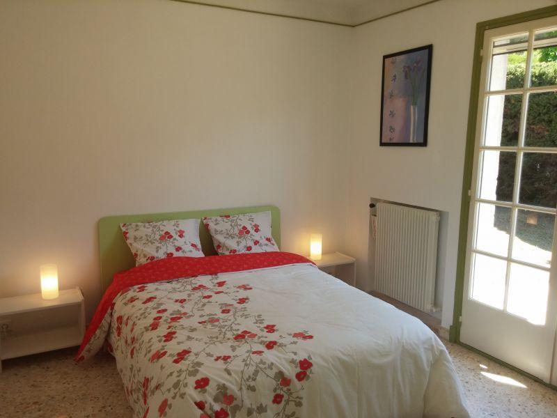 Camera 1 Affitto Villa  100556 Golfe Juan