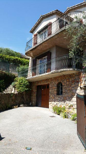 Parcheggio Affitto Villa  100556 Golfe Juan
