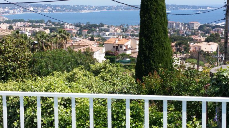 Vista esterna della casa vacanze Affitto Villa  100556 Golfe Juan
