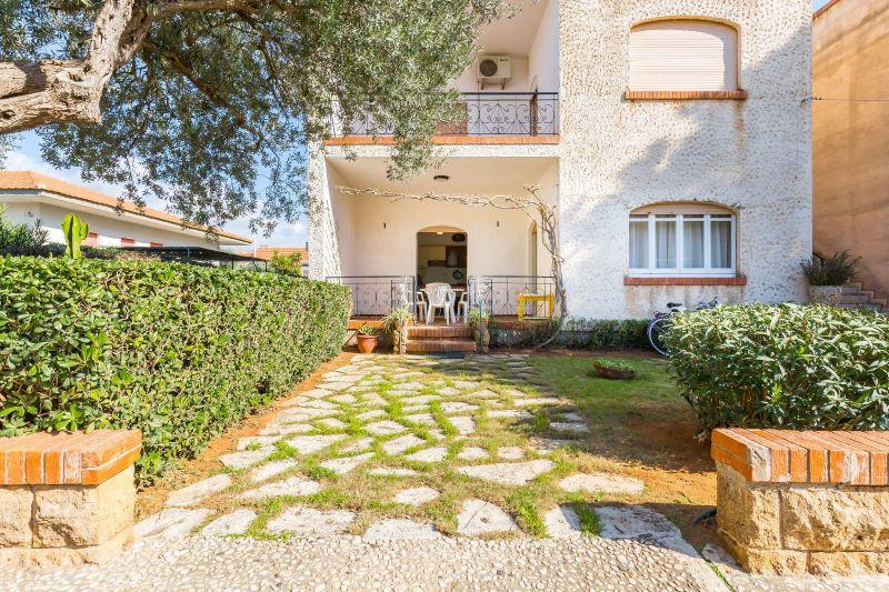 Vista esterna della casa vacanze Affitto Appartamento 118862 Marina di Ragusa