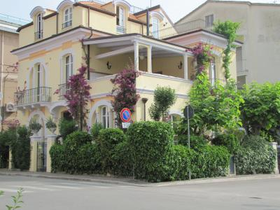 Vista esterna della casa vacanze Affitto Appartamento 64341 Vasto