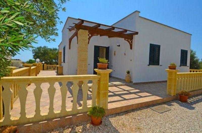 Vista esterna della casa vacanze Affitto Villa  72212 Pescoluse