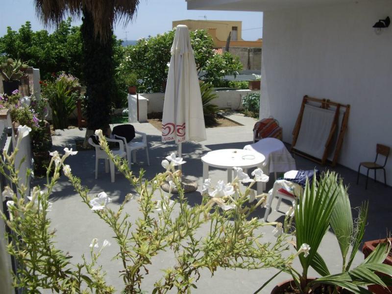 Vista esterna della casa vacanze Affitto Appartamento 77732 Triscina