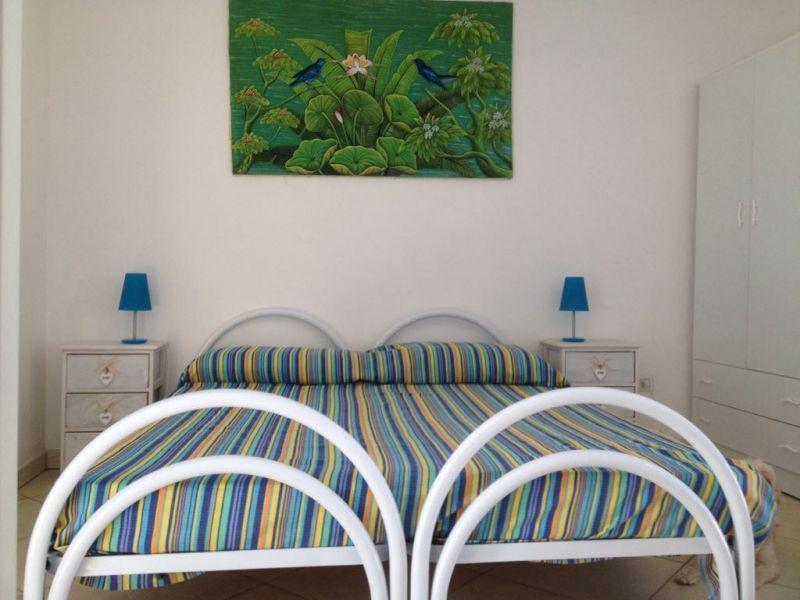 Camera 2 Affitto Appartamento 88910 Ugento - Torre San Giovanni