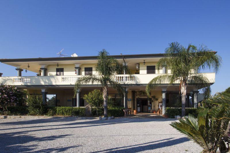 Vista esterna della casa vacanze Affitto Appartamento 93370 Capo Vaticano