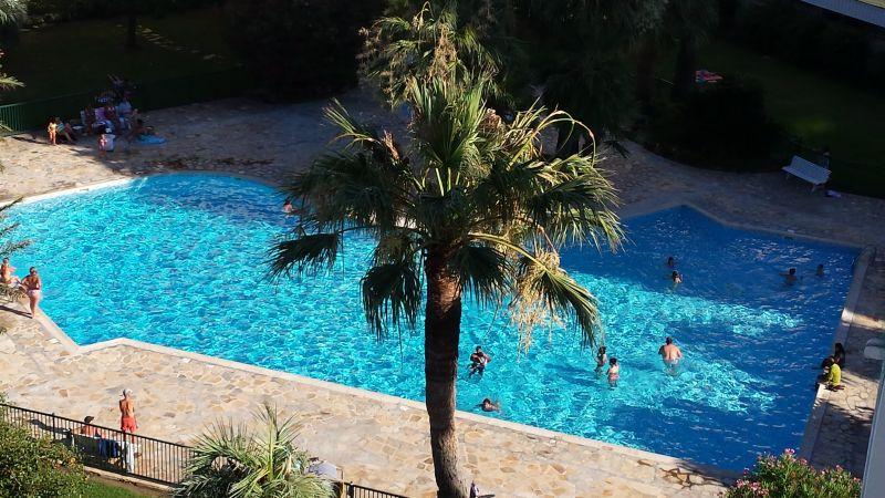 Vista esterna della casa vacanze Affitto Appartamento 107906 Antibes