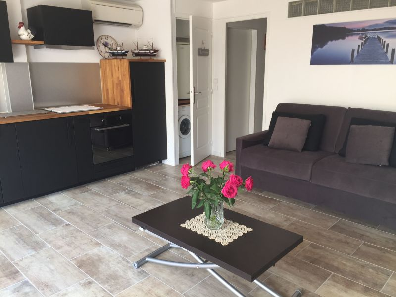 Soggiorno Affitto Appartamento 117249 Le Lavandou
