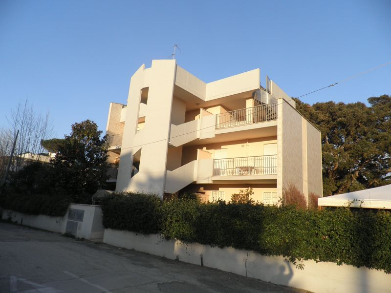 Vista esterna della casa vacanze Affitto Appartamento 118235 Anzio