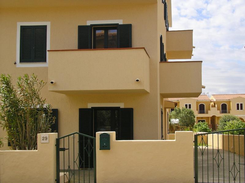 Entrata Affitto Casa 71328 Santa Teresa di Gallura
