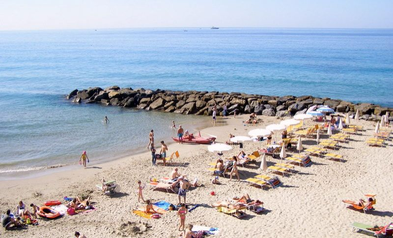 Spiaggia Affitto Appartamento 72602 Sanremo