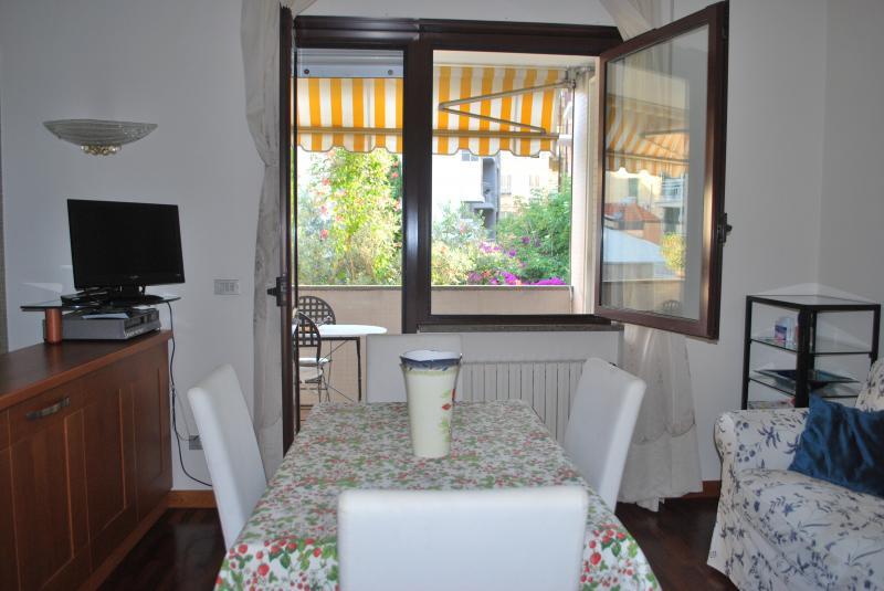 Soggiorno Affitto Appartamento 72602 Sanremo