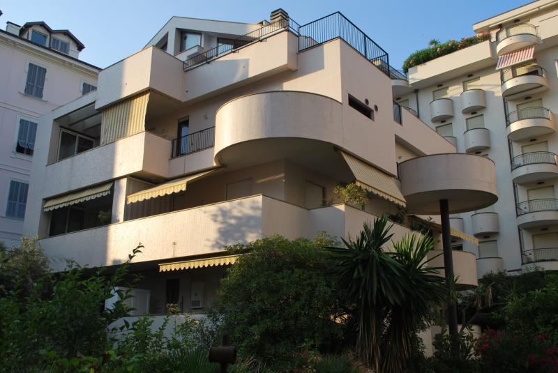 Vista esterna della casa vacanze Affitto Appartamento 72602 Sanremo