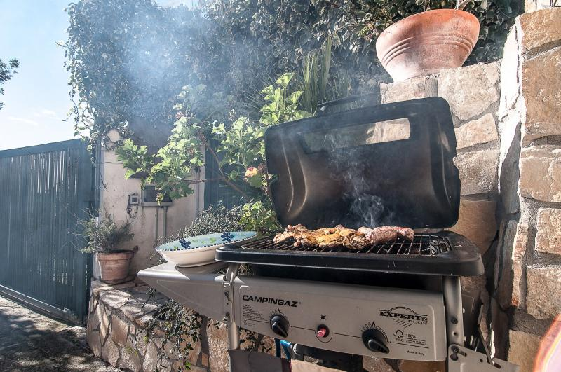 Barbecue Affitto Monolocale 79110 Gaeta