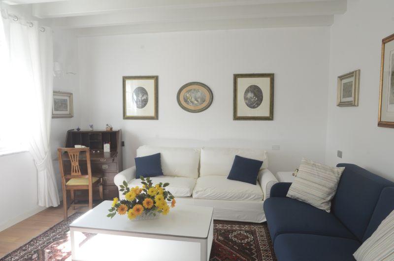 Soggiorno Affitto Appartamento 79780 La Spezia