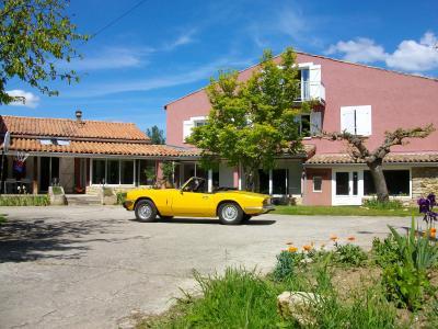 Vista esterna della casa vacanze Affitto Agriturismo 92086 Mirepoix