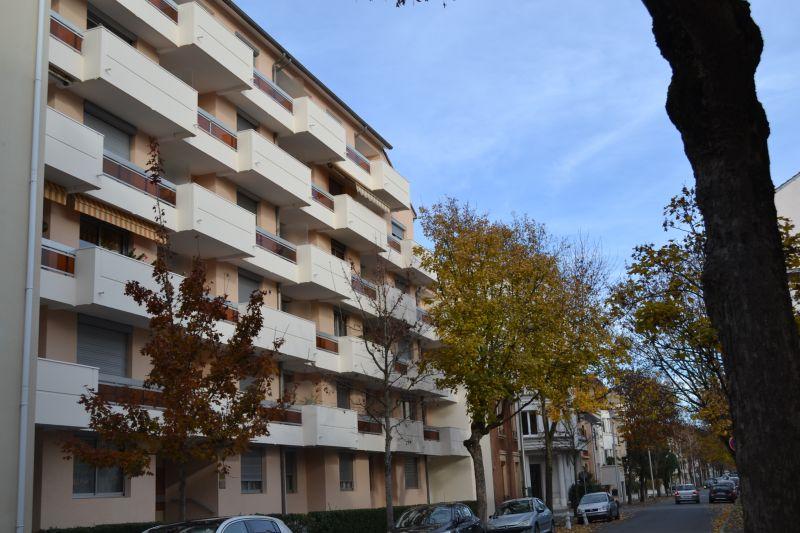 Vista esterna della casa vacanze Affitto Appartamento 92716 Vichy