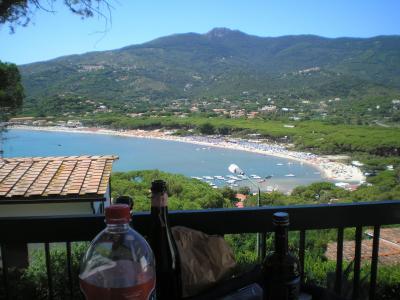 Vista dal terrazzo Affitto Appartamento 95820 Campo nell'Elba
