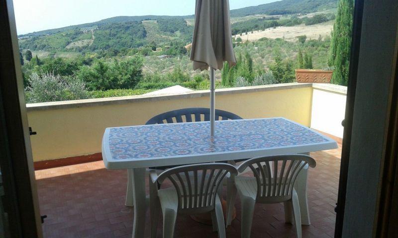 Vista dal terrazzo Affitto Villa  108856 Rosignano Marittimo