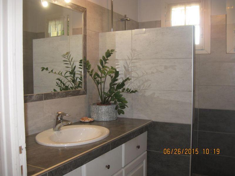 Altra vista Affitto Villa  110556 Alleins