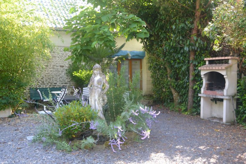 Vista esterna della casa vacanze Affitto Agriturismo 110861 Mont Saint Michel