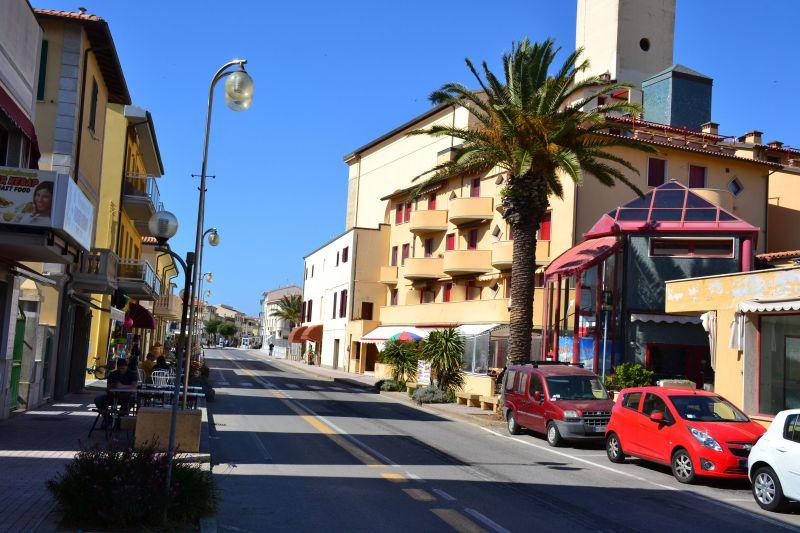 Vista esterna della casa vacanze Affitto Appartamento 113498 San Vincenzo
