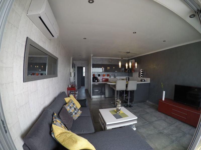 Soggiorno Affitto Appartamento 115075 Sanary