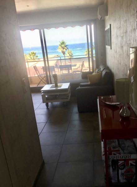 Vista dalla casa vacanze Affitto Appartamento 115075 Sanary