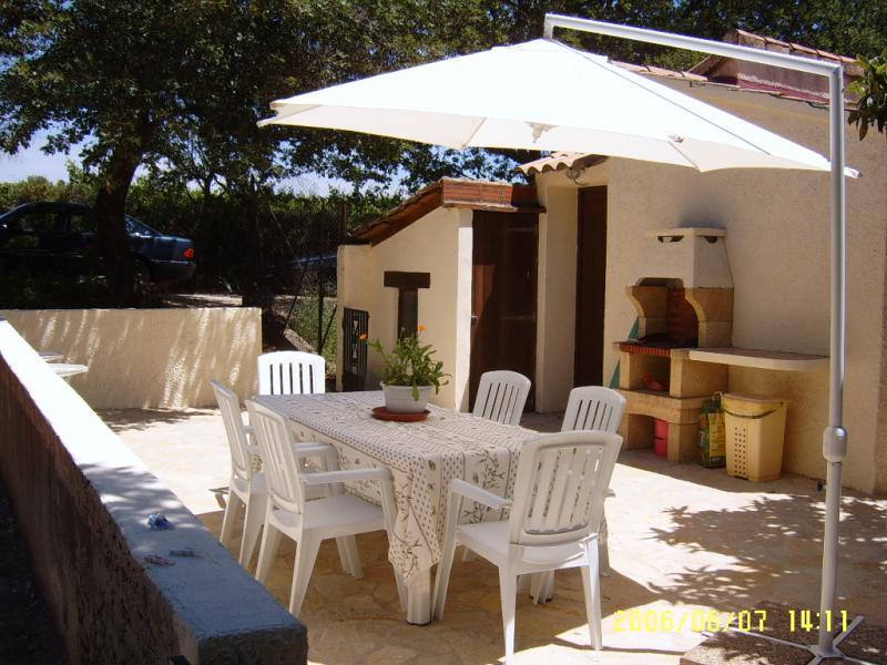 Barbecue Affitto Agriturismo 69702 Uzès
