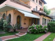 Appartamento in Villa Marina di Massa 4 a 6 persone