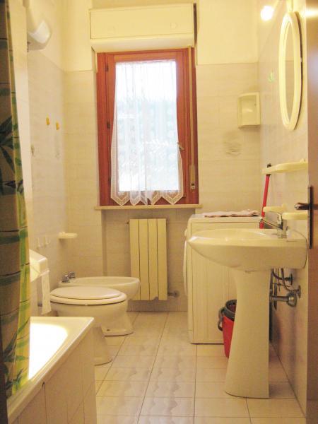 Bagno Affitto Appartamento 77121 Tortoreto
