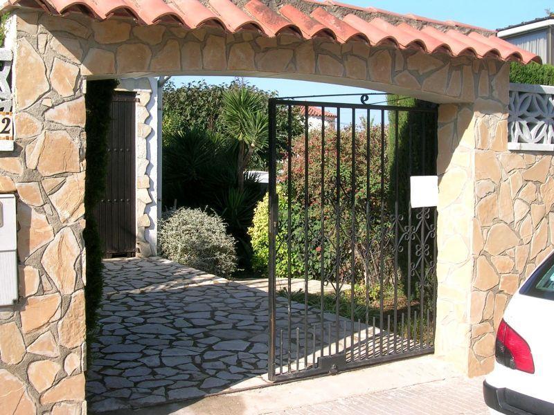 Entrata Affitto Villa  96172 L'escala