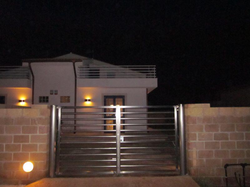 Vista esterna della casa vacanze Affitto Villa  97035 Noto