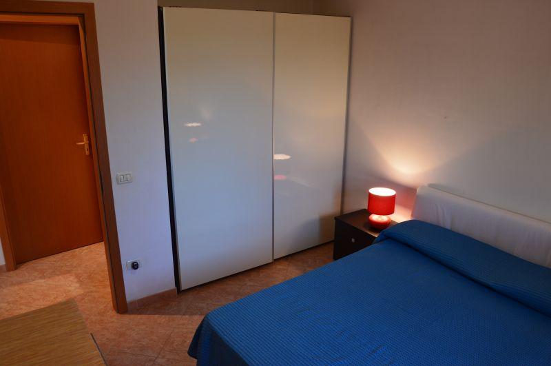 Camera 1 Affitto Villa  101711 Tre Fontane