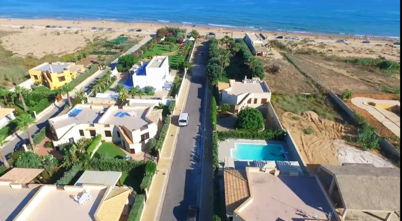 Vista esterna della casa vacanze Affitto Villa  101711 Tre Fontane