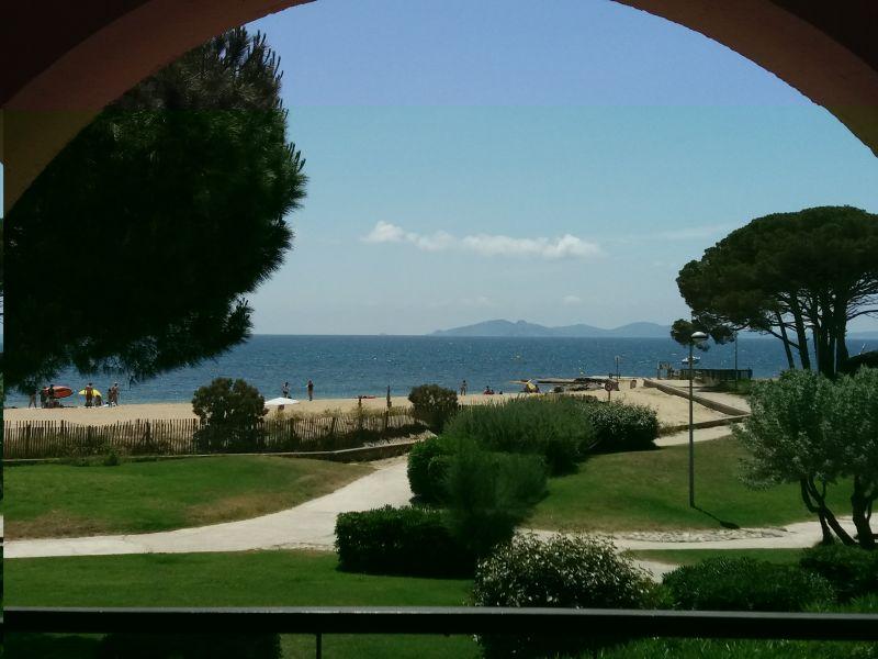 Vista dal balcone Affitto Appartamento 110348 La Londe les Maures