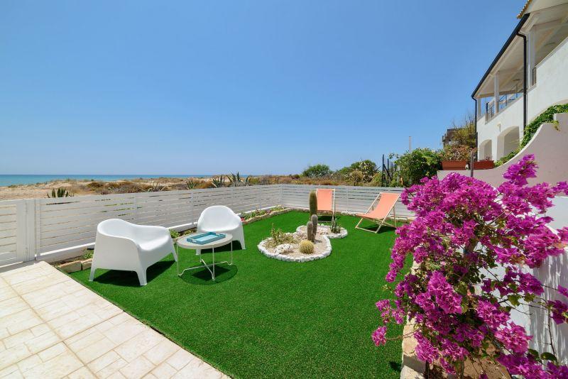 Giardino Affitto Villa  116102 Marina di Ragusa