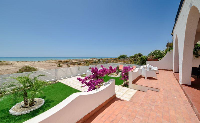 Vista dal terrazzo Affitto Villa  116102 Marina di Ragusa
