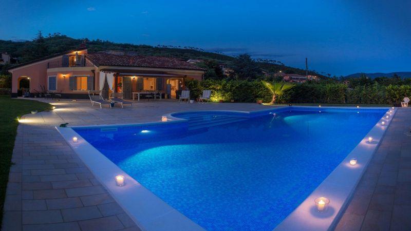 Piscina Affitto Villa  117020 Alassio