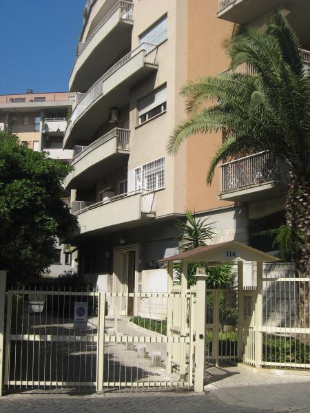 Vista esterna della casa vacanze Affitto Appartamento 66395 Roma